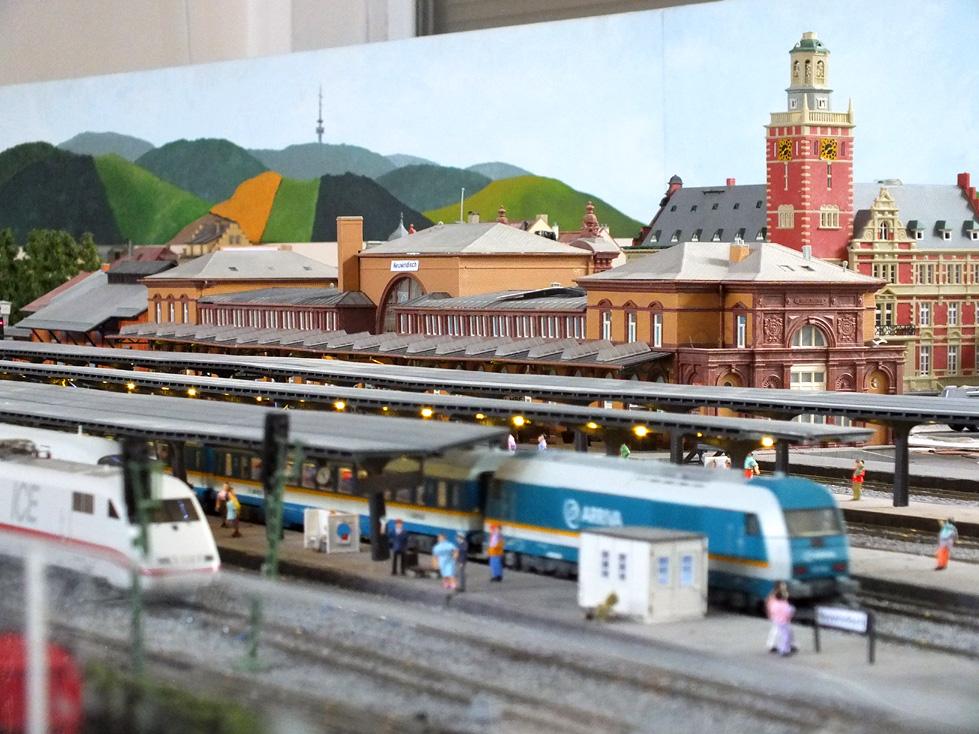 Hauptbahnhof bei Tag