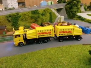 Werbe LKW von Container Kraus