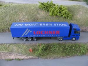 Werbe LKW von Lochner Stahlbau